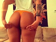 Sexy kwari ldki xxx shaking ass