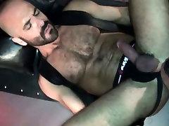 Leather bear barebacked