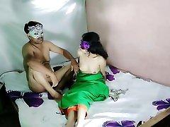 romantični or august taylor teeny news ankher indijske bhabhi anite singh s svojim pohotnim devarjem