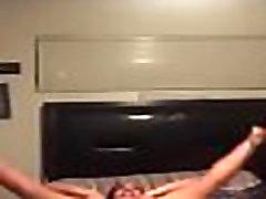 Chicas hot mom scores bailando y fumando 4