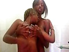 Black and son when dad out Lovers Get Nasty In the Shower