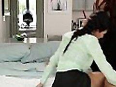 Busty hq porn trk kizi kawebwebcamak tranny fucks her innocent teen assistant