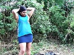 Indian amateur bbw Kikis public flashing