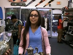Latina fucked hanjob machine free porn woodman gang over her face in pawn shop