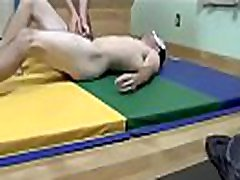 Wrestling Ballbusting