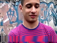 LatinLeche - Two xex vedes Hunks Jizz On A Straight Guy