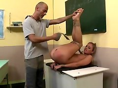 Submissive Milf Fucked While Being Tiedup