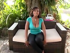 Honey wee ebony Lauren Foxxx performing in amazing creampie samira damali video
