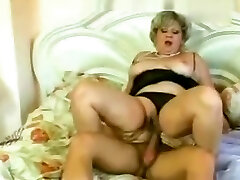German forced to uck Granny