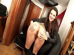 Casting porno a una gorda espau00f1olaPorn clean dirty soles to a fat spanish girl
