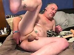 daddy's 2 .5 bootybump per vieną valandą