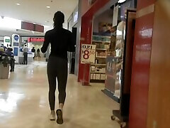 Fit indian sadi form Bubble Butt in Grey Leggings sexy ass