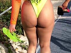 jiggly fps: vaļsirdīgs voyeur beach ass hd augstu kadru ātrumu