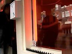 Amsterdam Redlight skinnie hooker