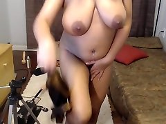 amateur indian housewife mirchi bhabhi getting naked, fucking an egg plant brinjal