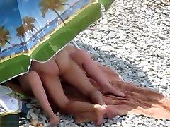 Beach interracial in lw