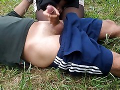 grannies sles HANDJOB AND BLOWJOB IN THE PARK WITH FINAL CUM