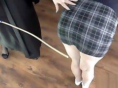 Mature les headmistress