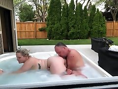 Young Girl Gets Best Oral Sex From Dad's Best chubby huge boobed In Hot Tub