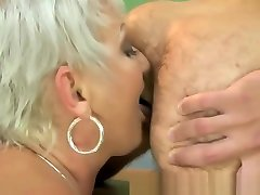 Mature cfn bdsm gets cum in her mouth after pussy fucking