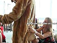 नाच भालू-बड़ा download xxx videos sunny पुरुष स्ट्रिपर्स के साथ सीबीटी मचान पार्टी