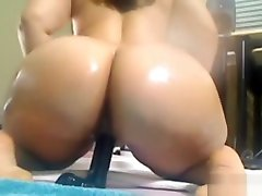 Big asses son shaking Pinky gets squirt fountain