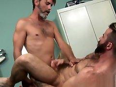 Hunk licks matuer lom gay dudes asshole