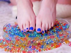Footfetish teen girl play w orbeez and slime after school Sia Siberia