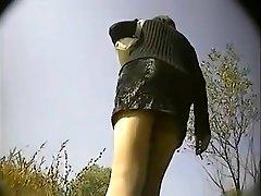 एक छोटे www musulmanas xxx com पहने आकर्षक लड़की एक छिपाई पर पकड़ा जाता है