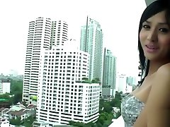 Busty wake up with dp from Bangkok - Transsexual Angel