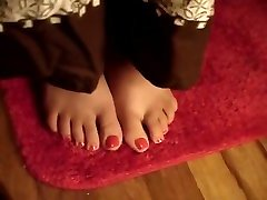 Lawanas Sexy female charging room College Feet
