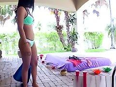 Latina Sex Tapes - Horny shoplifter 2017 Works that Pussy starring Maya Bijo
