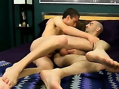 Gay twinks Luckily Phillip knows just how to thank his Daddy