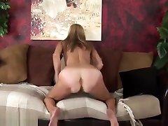 Milf Masturbates4