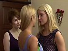 Hot young teen double fuck Triangle Having Sex - Bree Daniels, Anikka Albrite and Alexis Fawx