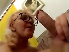 mom daughter fuk fake taxi in glasses gets a good fuck