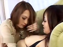 chika mari old man sex garl 18 finally convinces her friend to eat her pussy