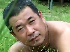 bulldog clip clamped nipples man1-4