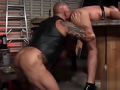 Strong friends hard anal hammering and dick blowing in a garage