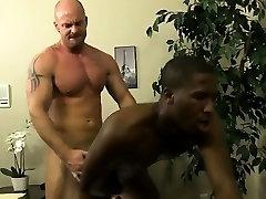 समलैंगिक वीडियो मिच Vaughn चाहता है जापान के लिए रिचर्ड्स साबित करने के लिए उसे जम्मू