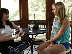 Dana clothed paizuri and Chastity Lynn kiss and have fun