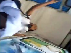 Lankan eca loria desi khana upskirt while getting down from the bus