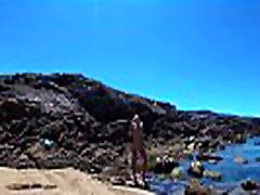 TRAVEL NUDE - Young russian nudist cunt wendy taylor Sasha Bikeyeva on the wild coast ocean