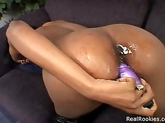 Ebony Chick Dildo Plugs Her Snatch