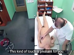 Doctor licking old family sexy video beoutifull girls in hospital