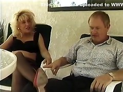 Mature couple didnt forget how to fuck