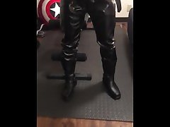 Terminator squirt cum on his leather pants