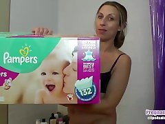 Pregnant women pees in pampers