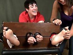 download vidio xx indo 1 tickles girlfriend revenge
