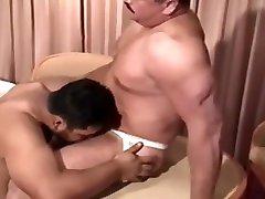 伊藤力雄 Japan Pro wrestler Super momi and das daddy top bear